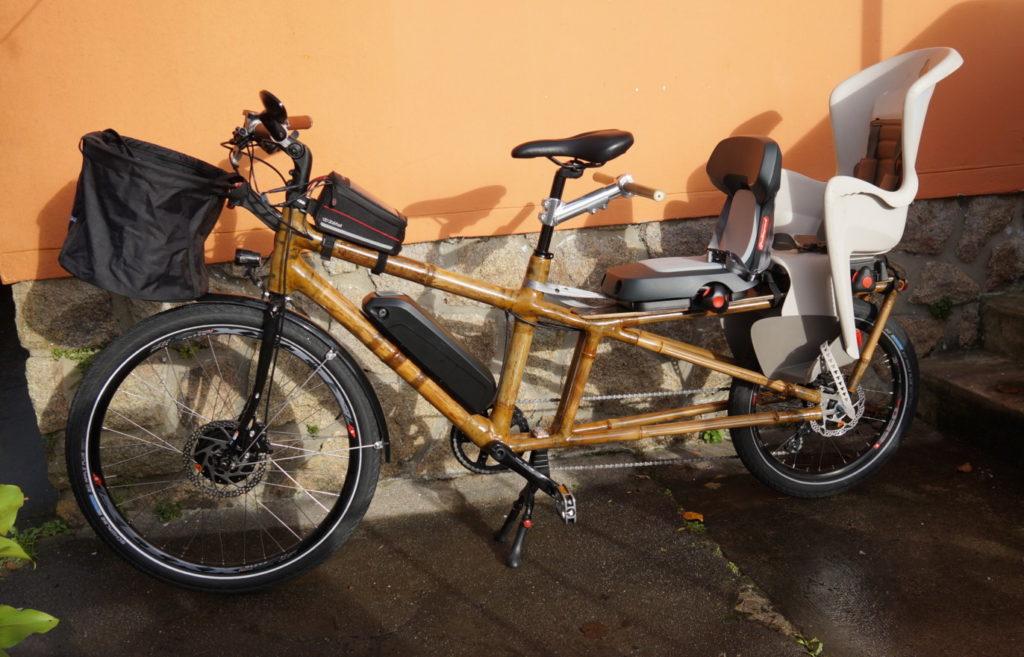 vélo cargo longtail avec 2 sièges enfant